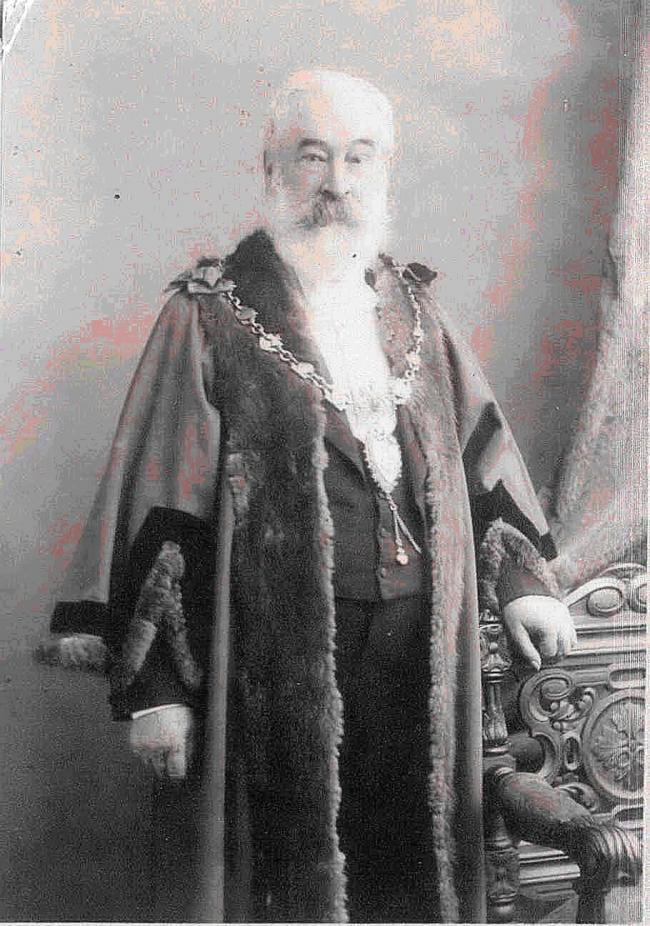 Different era: Renowned former Bewdley magistrate and Mayor, Langley Kitching.