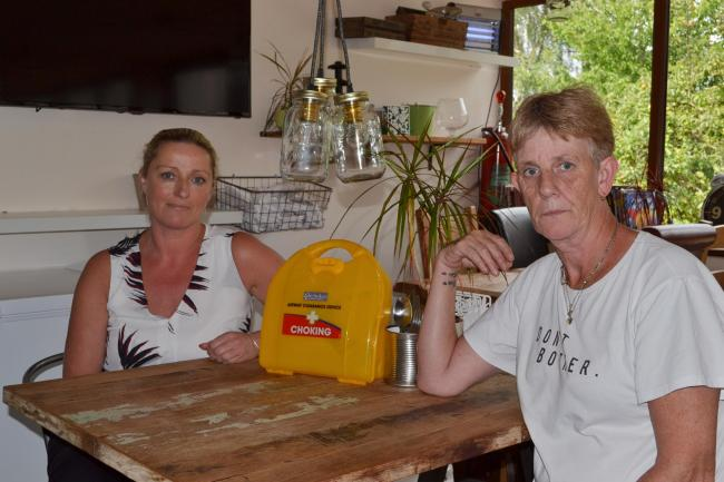 Casa Mia team leaders Tracey Hemmings and Lorraine Swain with a DeChoker kit