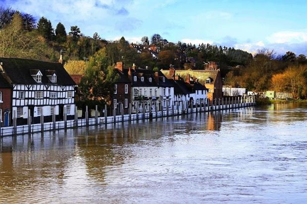 Bewdley flooding - roads and buses affected