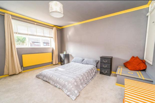 Kidderminster Shuttle: A large bedroom in the property (Photo: Rightmove)