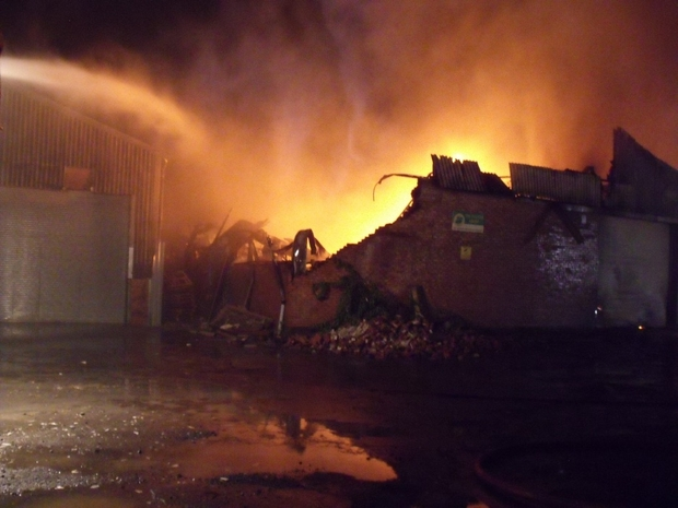 STOURPORT COOKING OIL RECYCLING CENTRE FIRE - UPDATE