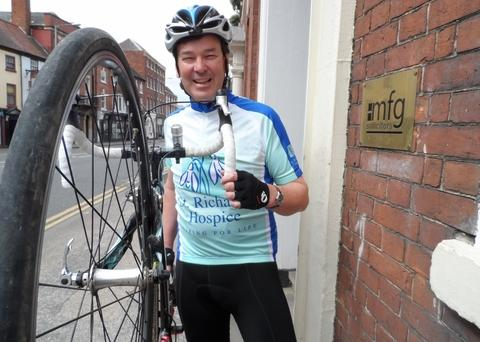 eSaddling up: Richard Connolly will ride to Paris.