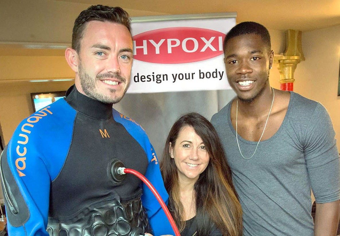 Kidderminster Harriers new signing l-r Criag Reed with Dianne Malanaphy and Nathan Blissett 271416MH (7668310)