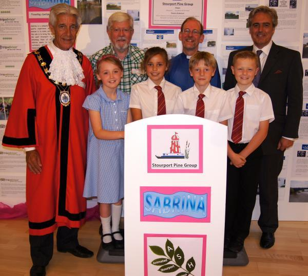 HISTORY BUFFS: Mayor Cliff Brewer, Geoff Shaw, Rev Phil Hoare and Mark Garnier MP, with Stourport Primary pupils Leah, Lydia, Alfie and Jamie.