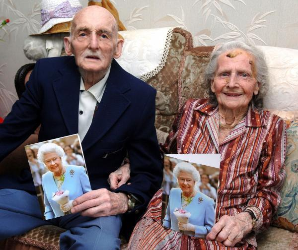 CENTENARY COUPLE: Sydney and Amy Hicks have both celebrated their 100th birthday this week. 321404LA