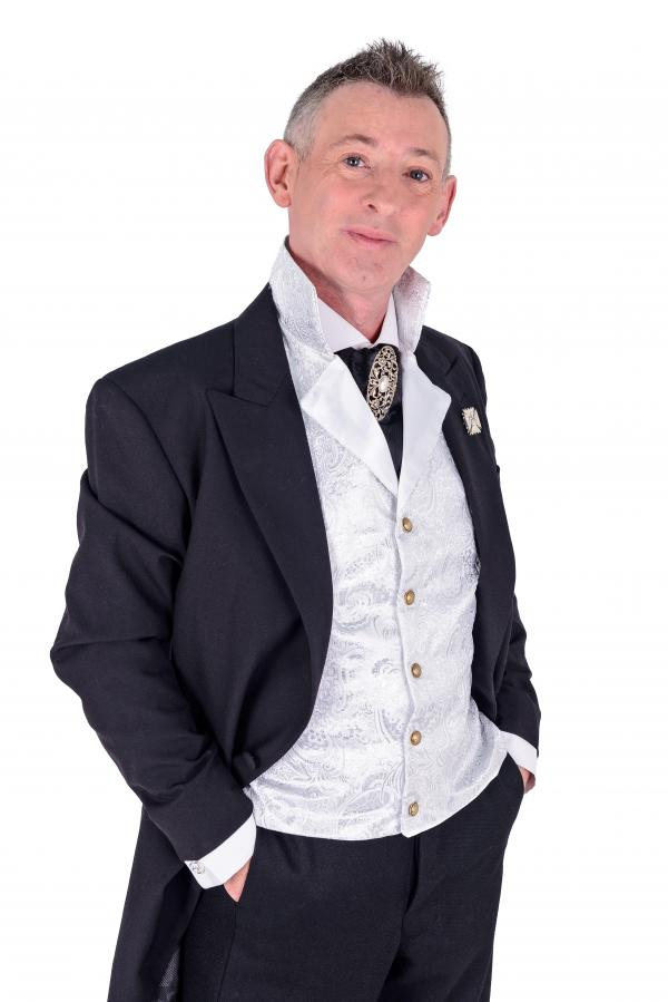 SPIRITUALIST MEDIUM: Colin Fry will perform in Kidderminster.