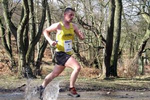 Running club's annual 5km memorial race to support Clent special school