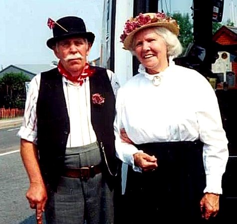 Reg and Ethel Hooper in Black Country costume on their way to a music concert. Photo: Hooper family
