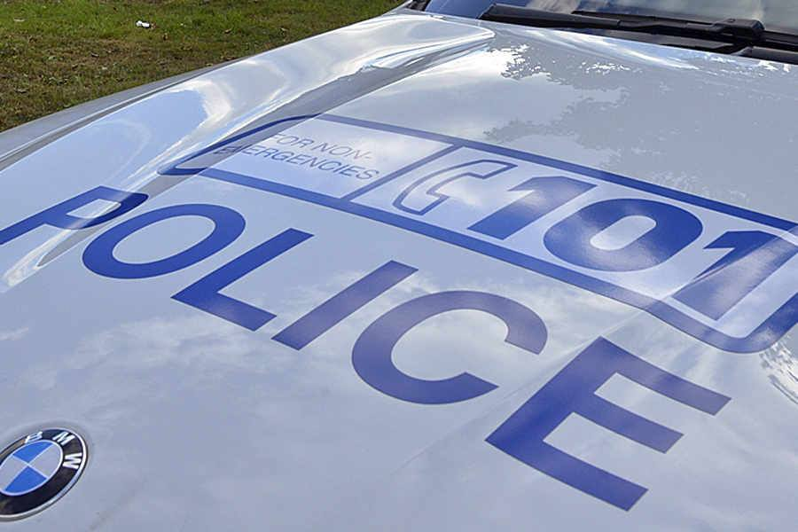 Number plates stolen from car in Blakedown
