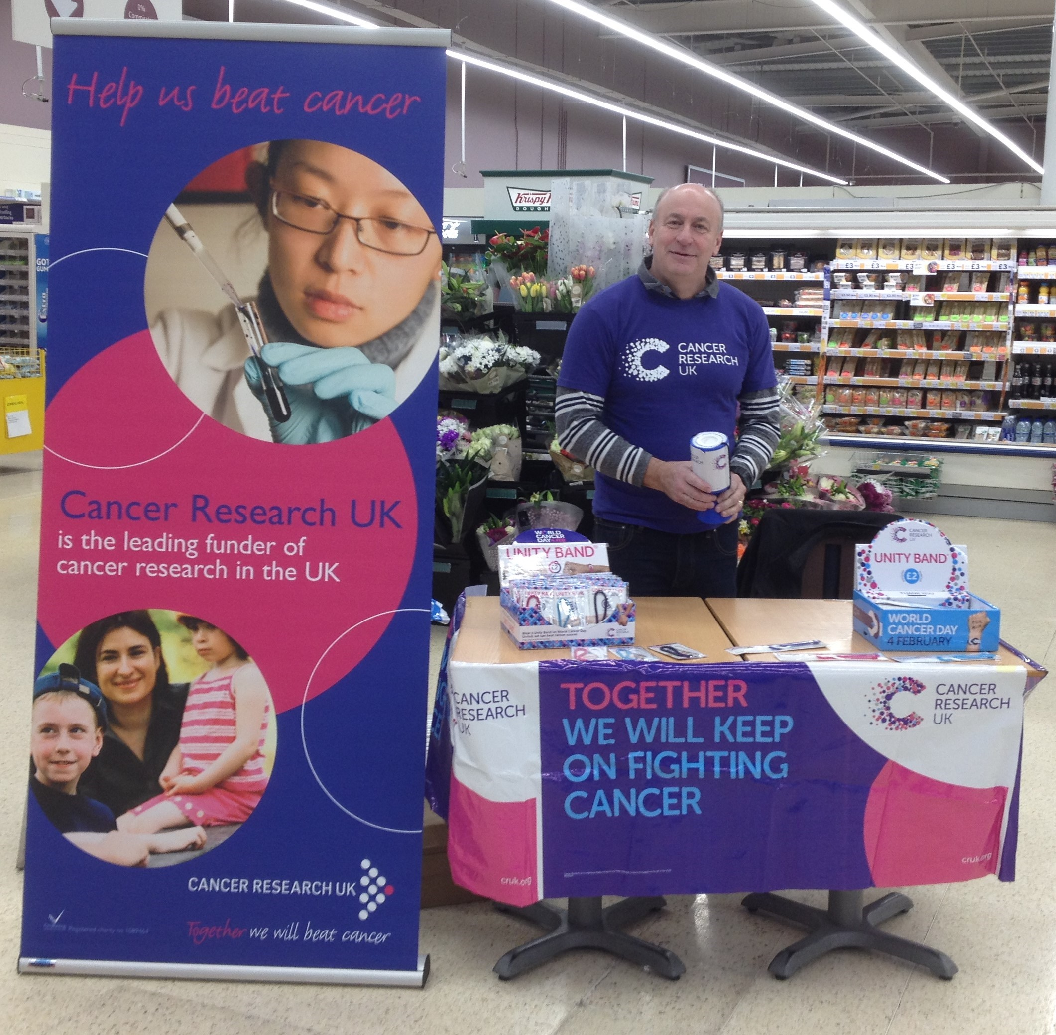 Charity collection raises more than £250 for Cancer Research
