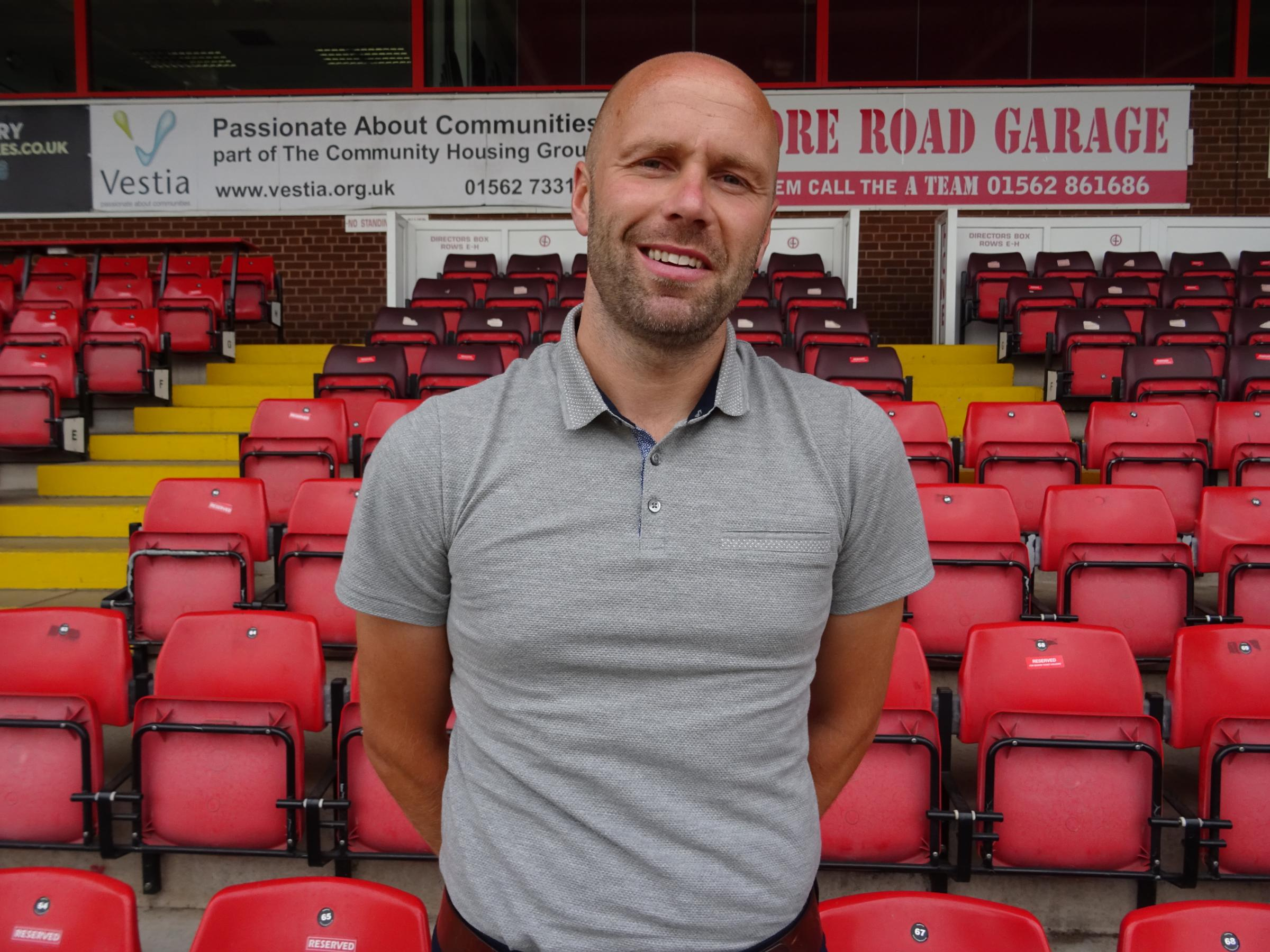 New Harriers boss Neil MacFarlane