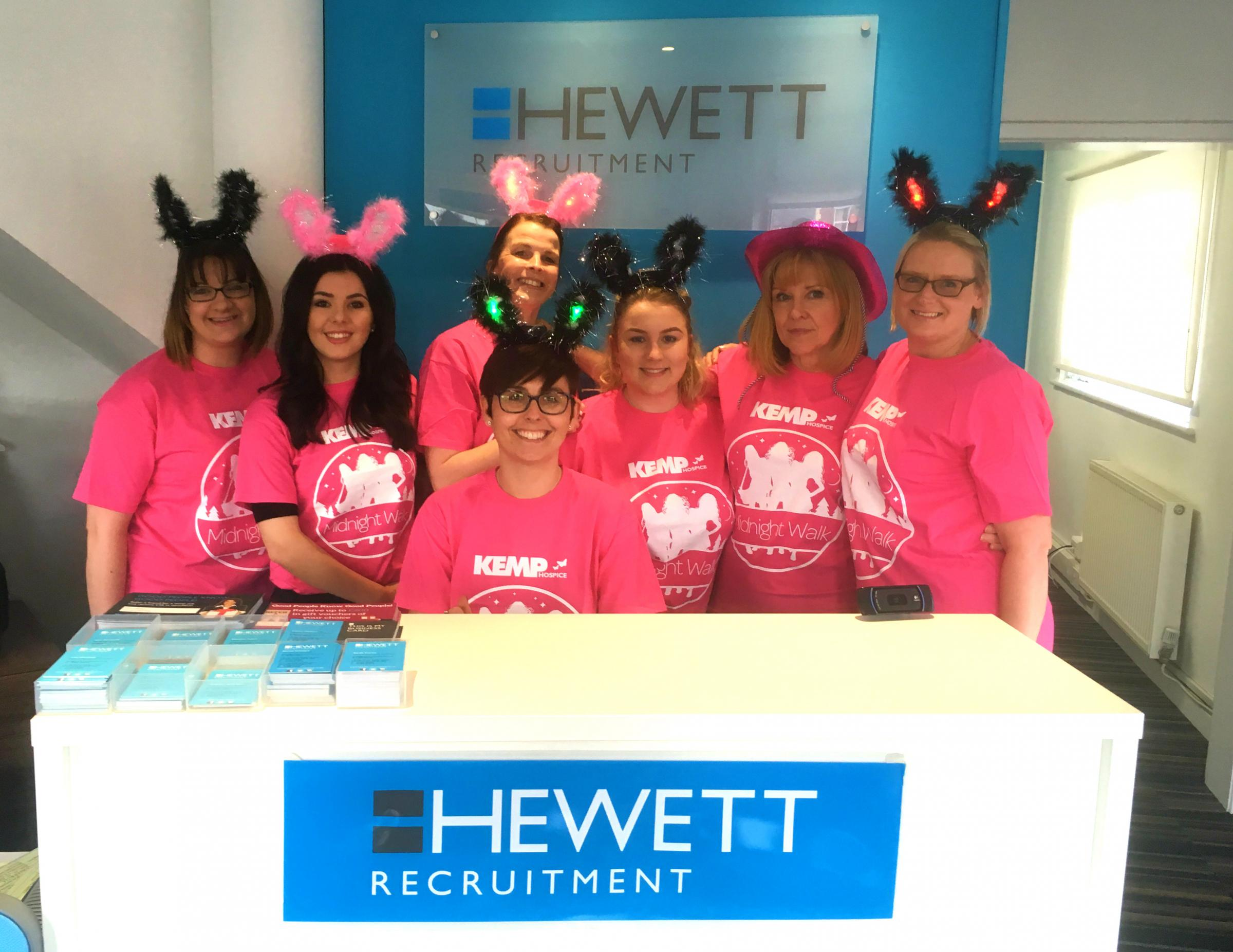 The Hewett Recruitment team taking part in Kemp's last ever Midnight Walk