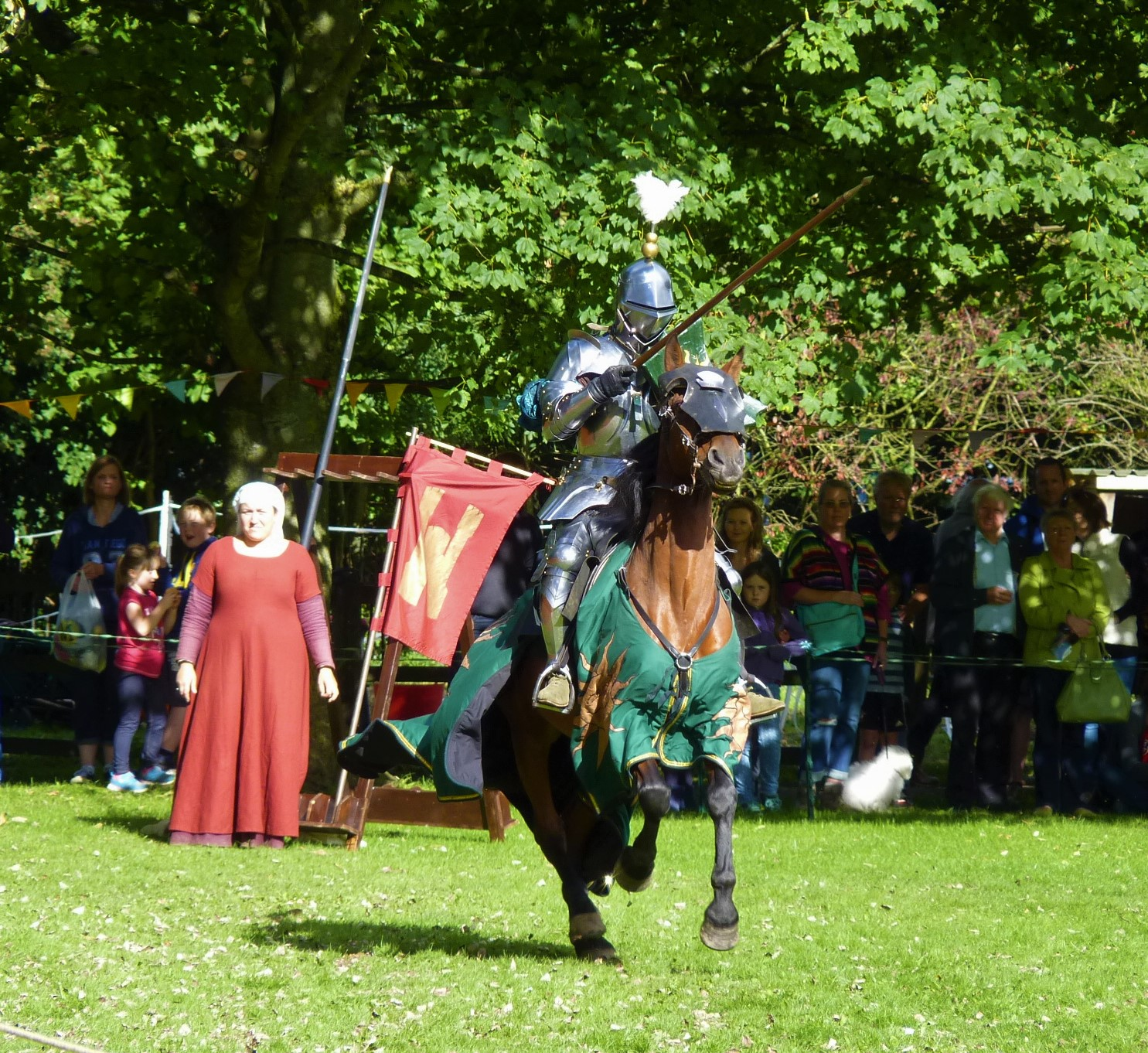 Wars of the Roses! – Joust and Battle Re-enactment