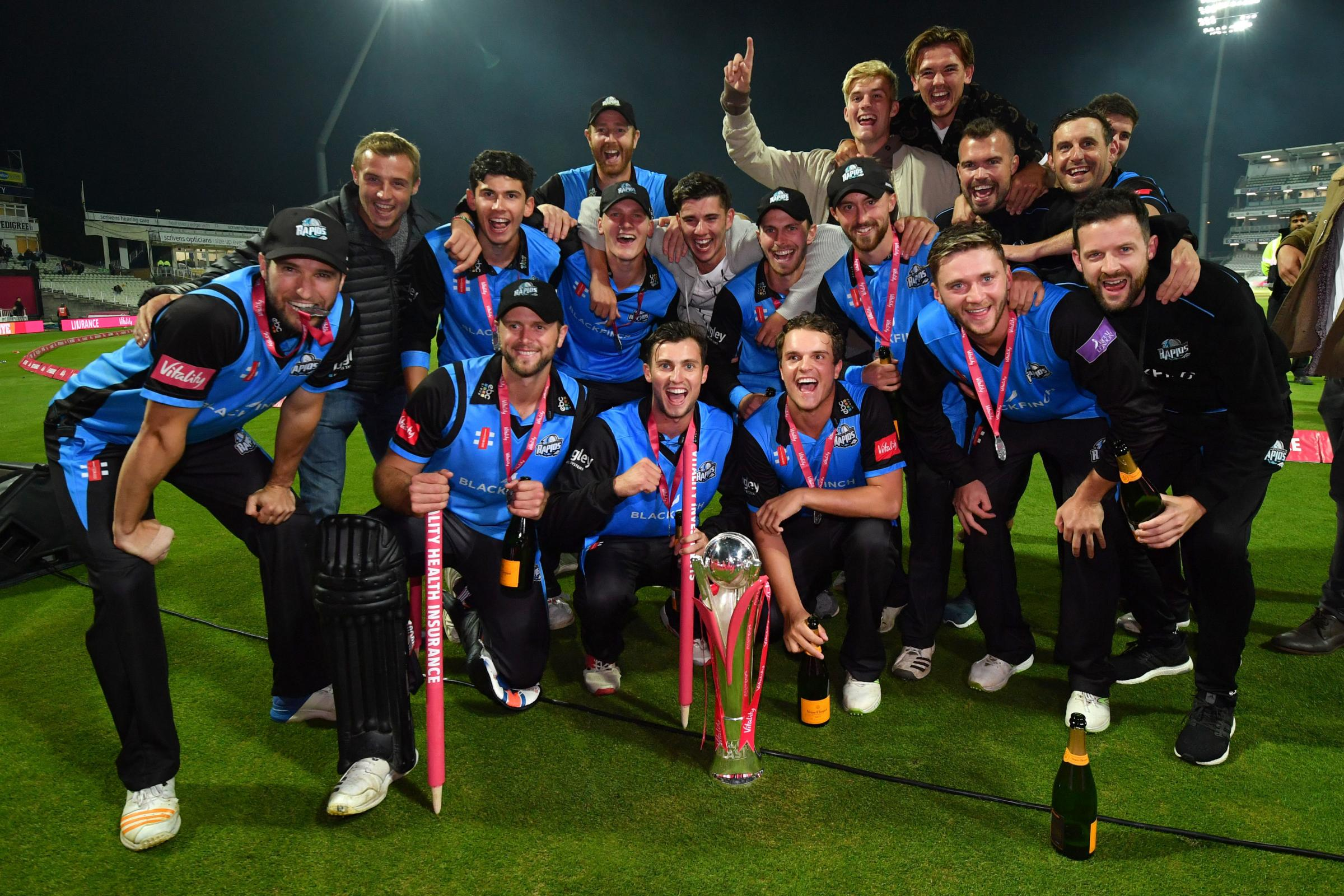 Worcestershire Rapids celebrates as they lift the trophy during the Vitality T20 Blast Final on Finals Day at Edgbaston, Birmingham. PRESS ASSOCIATION Photo. Picture date: Saturday September 15, 2018. See PA story CRICKET Blast. Photo cred