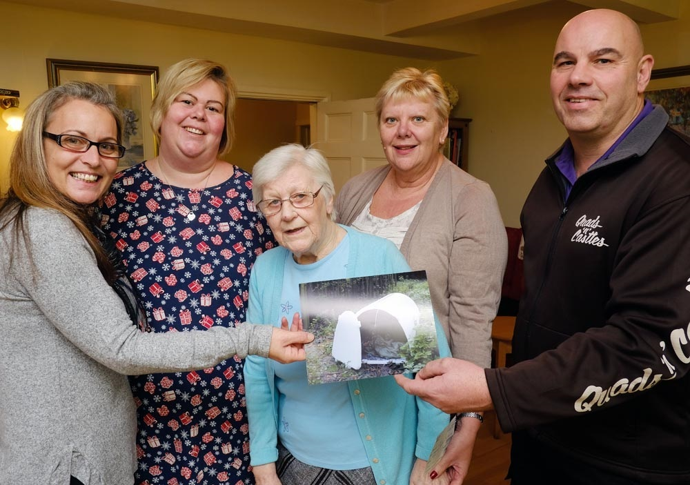 Offmore Farm Residential Home's Marie Forsyth, Gemma Serrell, resident June Newell, Cheryl Burge, and Dave Griffin, of homeless cause HELP